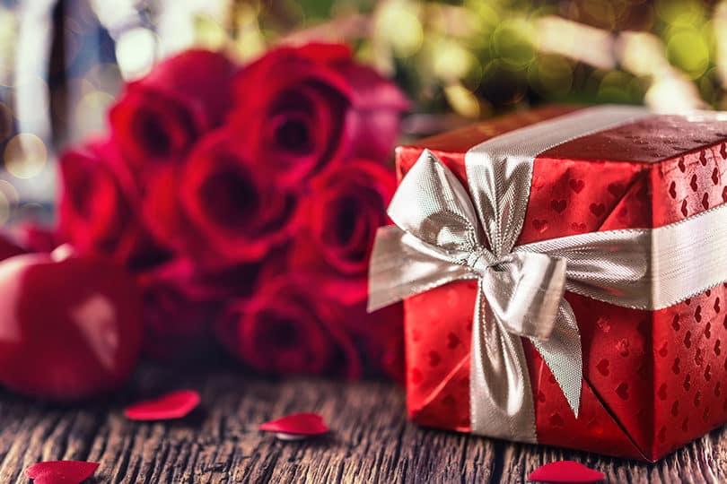 saint valentin 7 cadeaux en cho aux p ch s capitaux. Black Bedroom Furniture Sets. Home Design Ideas