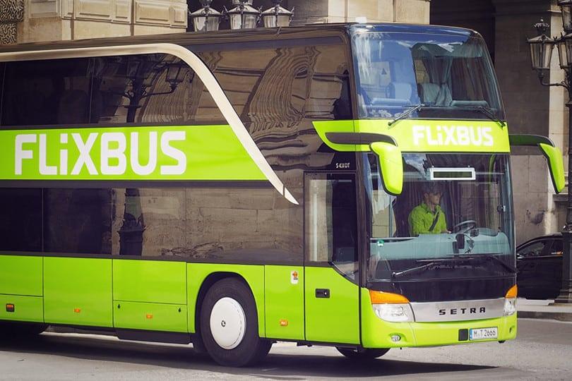 bus le meilleur moyen de voyager pas cher
