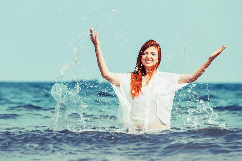 Avoir de beaux cheveux à la plage et faire des économies ! 1