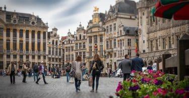 Découvrez la campagne Human Monuments de Thalys 7
