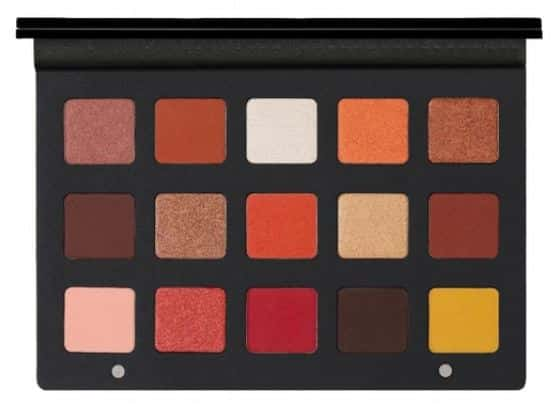 Sunsette palette de la marque Natasha Denona 15 fards aux tons chauds orangés.